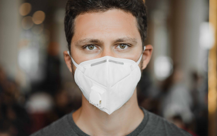 a man wearing face mask protect from coronavirus