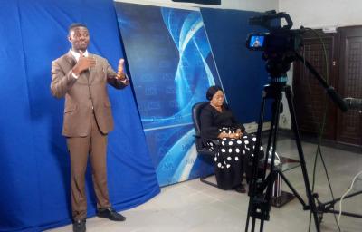 Sign language interpreter in Nigerian TV