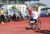 woman athlete in wheelchair