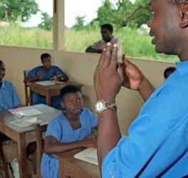 Learning sign language at school for deaf children