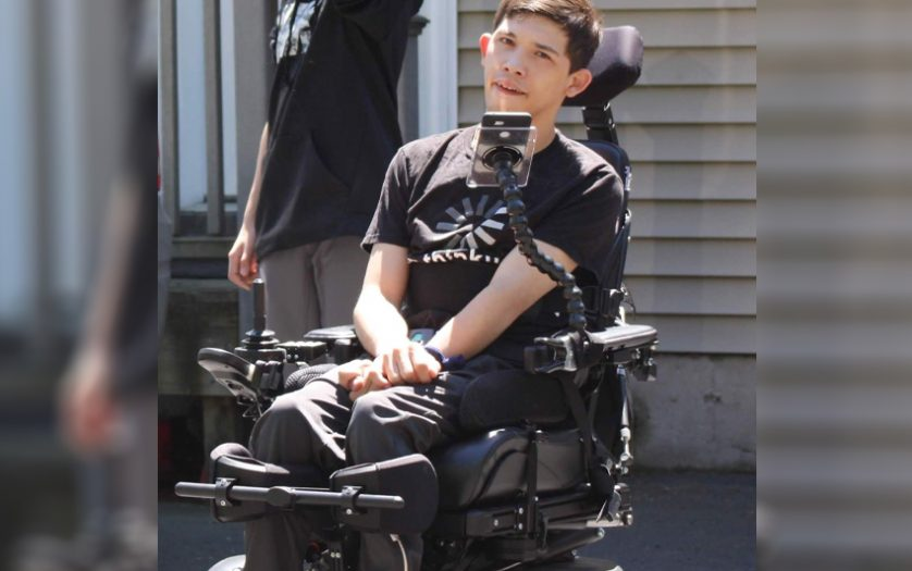 wheelchair user using the Permobil app
